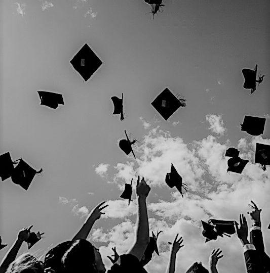 graduationBW